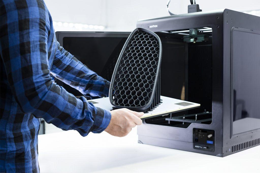 Zortrax m300 plus 3d printer